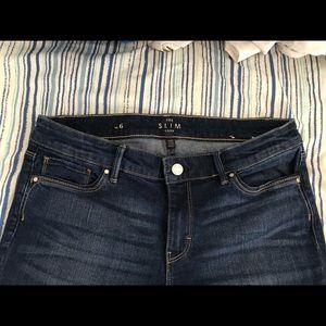 A cute pair of crop jeans